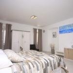 milat apartment room