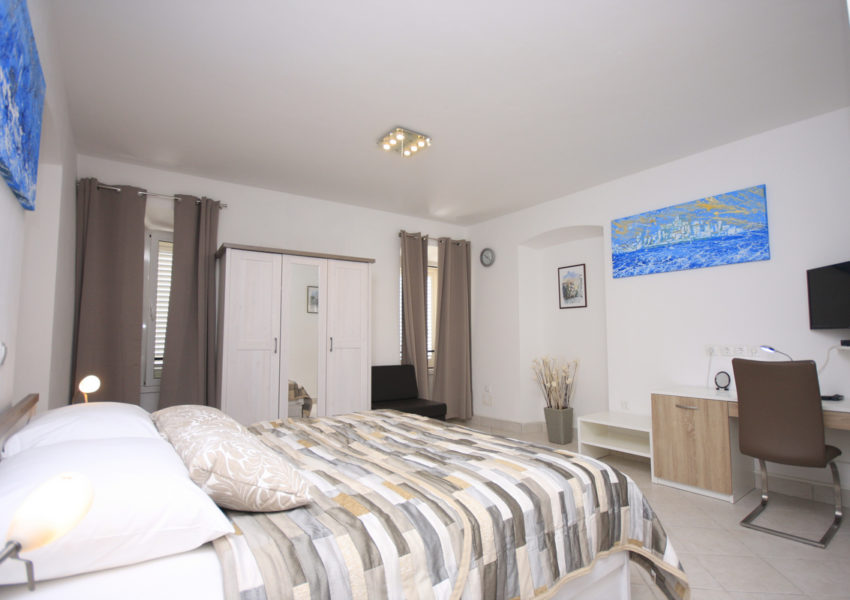 apartment milat
